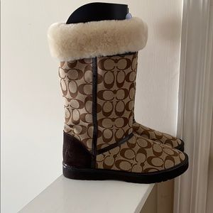 Coach Nicole Khaki Canvas & Suede fur lined boots